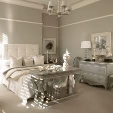 Modernes Landhausstil Schlafzimmer In Offwhite Taupe Schlafzimmer