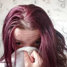 my hair smells bad when it s wet is it