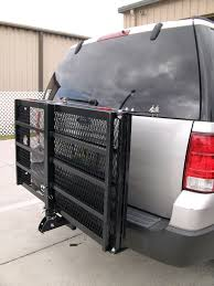 carrier ramp. wheelchair carrier with manual ramp -