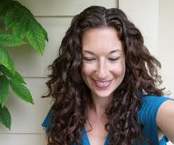Second Day Curly Hairstyles Curly Hair Tips 7 Steps With Pictures