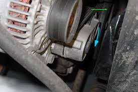 jeep 4 0l serpentine belt replacement getahelmet com step 3 remove the old belt at the same time you loosen the belt tensioner