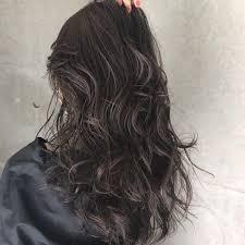 そろそろ髪も秋色に秋トレンドの暗髪カラーカタログ13 Locari