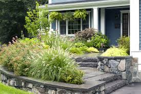 Natural Landscaping Ideas Front Yard | The Garden Inspirations