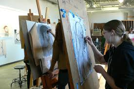 painting studio lighting. this fully equipped 1400 square foot studio is used for all painting and advanced drawing courses there theatre style track lighting setups i