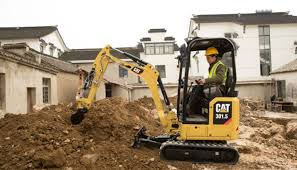 Caterpillar Shows Off New Mini Excavators At Gie Expo