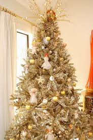 Treetopia's Toasted Champagne Gold Tinsel Tree decorated by Jennifer Perkins