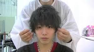 メンズのヘアスタイリングにヘアアイロンが必要な理由と用意する物