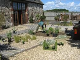 gravel garden designs