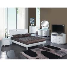 Shop Cosmo Contemporary 4 Piece White Wood Bedroom Set - On Sale ...