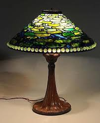 reion tiffany lily pad lamp sold for 2 400