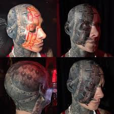 девушка из нью йорка сделала татуировку на лице по мотивам фильма ужасов