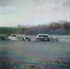 approximately one mile from route 895 on the outskirts of auburn was built a 1 4 mile dirt track that only operated for one year and only once the following