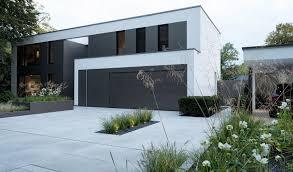 Moderne Architektur Im Tageslicht Pulverbeschichtete Hochbeete In