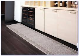 washable rug runners kitchen rug runner washable washable rag rug runners