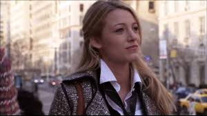 Gossip Girl 1x01 First Blair Serena Face Off On The Met Steps