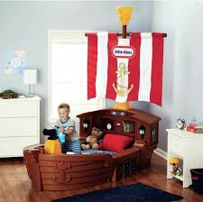 pirate bedroom ideas interesting pirate bedroom furniture and best pirate themed bedrooms ideas on home design