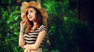 Beautiful Girl Wearing Hat 图片高清晰度 ...