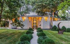postmodern architecture homes. Postmodern Mansion In The Bucolic Fieldston Historic District Seeks $2M | Ark-itecture Pinterest Mansion, Architecture And City Homes L