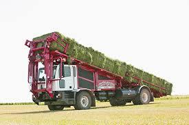 Stinger Inc | Homepage, big bale stacker, bale wagons, cube line ...