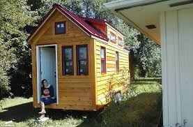 Small Picture Family of three and their dog ditch rental home for 160sq ft