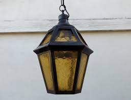 image of outdoor lantern porch lights