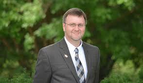 UT Martin   Dr. Clinton Smith elected to Kappa Delta Pi executive council
