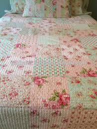Beautiful Indian Wholesale Price Handmade Patchwork Quilt Floral ... & Beautiful indian wholesale price handmade patchwork quilt Floral Patchwork  Quilt, Shabby Chic Bed Quilt Adamdwight.com