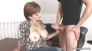 Lady sonia handjob wife
