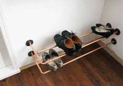<b>Полка для обуви</b> в прихожую своими руками: 140 фото