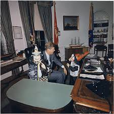 Filethe reagan library oval office Rally Halloween Visitors To The Oval Office Caroline Kennedy President Kennedy John F Narations National Archives Narations Page
