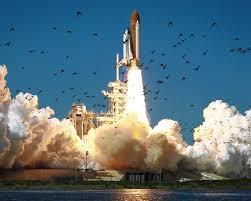 Resultado de imagen de Desastre con muerte de astronáutas al explotar el cohete