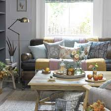 If you have warm wood. Colours That Go With Grey From Blush Pink To Navy Blue And Ochre