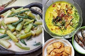 Resep sayur lodeh yang akan membuat nafsu makan anda dan keluarga bertambah, sayur lodeh super pedas. Bc8 Fefp2jxlrm
