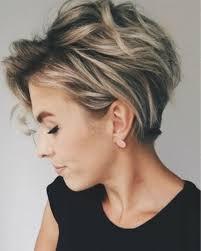 Kort En Warrig Kapsel Kapsels Voor Vrouwen Haircuts For Women