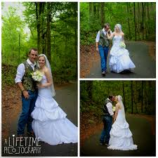 starkey town cove wedding venue photographer pigeon forge gatlinburg tn sevierville knoxville smoky mounns national park outdoor ceremony newlywed bride