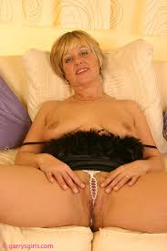 Shaved Mature Old Blonde MILF Dee with Pierced Pussy Wearing.
