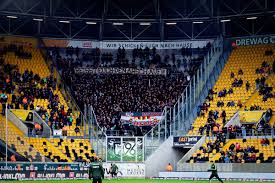 Bundesliga side hannover 96.between 2011 and 2015 he made six appearances for the germany national team. 19 20 09 Sg Dynamo Dresden Vs Hannover 96 Ultras Dynamo