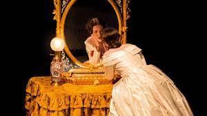 La Traviata - Opera - Season 18/19 Programming - Opéra national de Paris