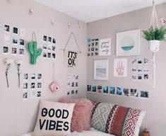picture wall ideas for bedroom. Modren Ideas 30 Awesome Minimalist Dorm Room Decor Inspirations On A Budget Diys  Tumblr Tumblr Inside Picture Wall Ideas For Bedroom E