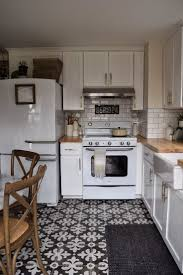 Retro Kitchen Flooring 17 Best Ideas About Retro Kitchens On Pinterest Vintage Kitchen