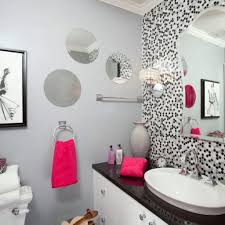 Amazing Touch of Vintage Bathroom Wall Decor Style Designs Ideas