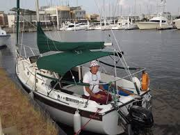 cp191 jpg we can also add to countries that know quality sailboats the boat in the picture is a 1993 com pac 19 that really looks good