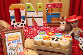 Arias First Birthday Toy Story Birthday Party Ideas Free Printables