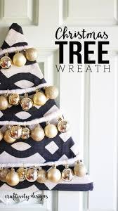 How to make a Beautiful DIY Christmas Tree Wreath – Craftivity Designs