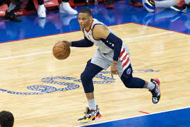 Clippers' Kawhi Leonard declines player ...