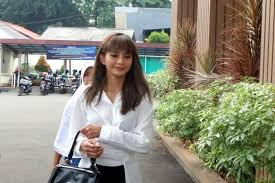 Kirana mengaku lebih nyaman dengan pria di luar pekerjaannya di industri hiburan. Urusan Nafkah Jadi Alasan Kirana Larasati Dan Tama Gandjar Bercerai Halaman All Kompas Com