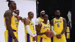 LA Lakers' team photo reveals a squad ...