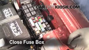 replace a fuse 2009 2016 ford flex 2009 ford flex sel 3 5l v6 6 replace cover secure the cover and test component