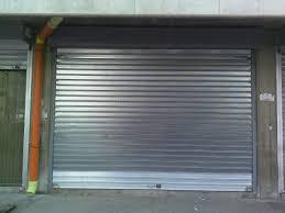 Resultado de imagen para puerta enrollable CERRADA