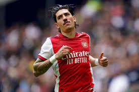 Real Betis complete the signing of Arsenal's Hector Bellerin